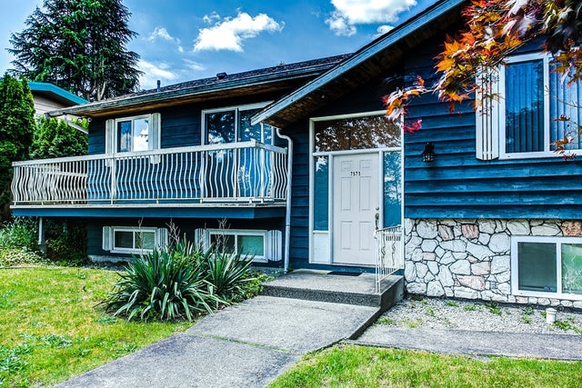 7575 SAPPERTON AVENUE - The Crest House/Single Family for sale, 3 Bedrooms (R2074291)