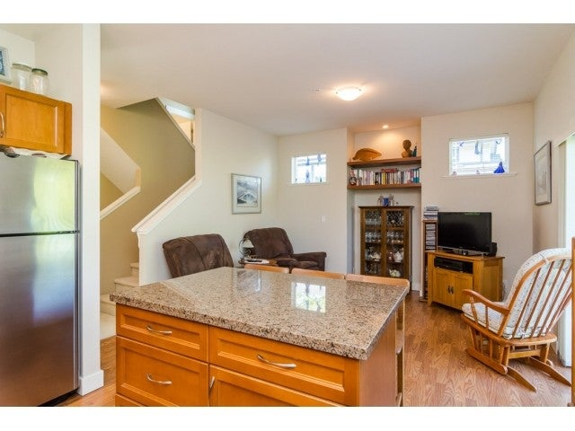 # 102 19932 70TH AV - Willoughby Heights Townhouse for sale, 3 Bedrooms (F1440263) #9