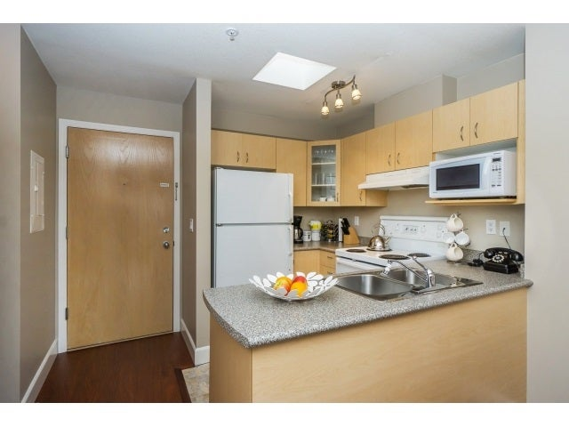 414 6359 198 STREET - Willoughby Heights Apartment/Condo for sale, 1 Bedroom (R2042353) #3