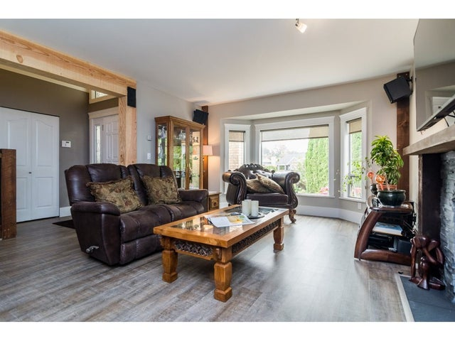 5273 198 STREET - Langley City House/Single Family for sale, 3 Bedrooms (R2194967) #4