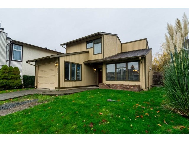 2267 WILLOUGHBY WAY - Willoughby Heights House/Single Family for sale, 3 Bedrooms (R2223916) #1