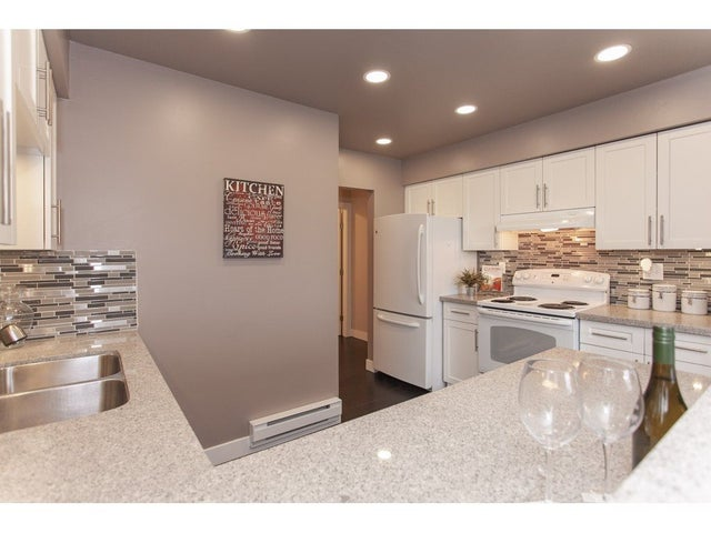 303 7175 134 STREET - West Newton Apartment/Condo for sale, 2 Bedrooms (R2339510) #10