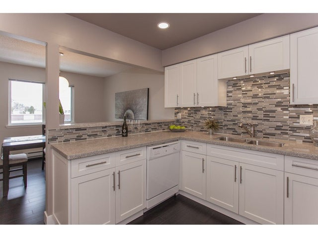 303 7175 134 STREET - West Newton Apartment/Condo for sale, 2 Bedrooms (R2339510) #12