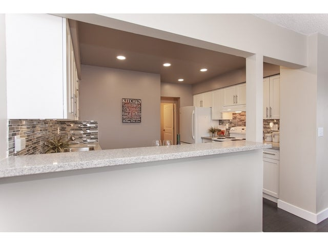 303 7175 134 STREET - West Newton Apartment/Condo for sale, 2 Bedrooms (R2339510) #9