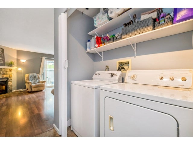 61 26970 32 AVENUE - Aldergrove Langley Townhouse for sale, 3 Bedrooms (R2462611) #26
