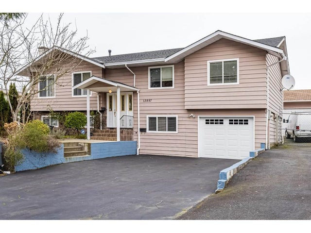 13887 FALKIRK DRIVE - Bear Creek Green Timbers House/Single Family for sale, 5 Bedrooms (R2537770) #1