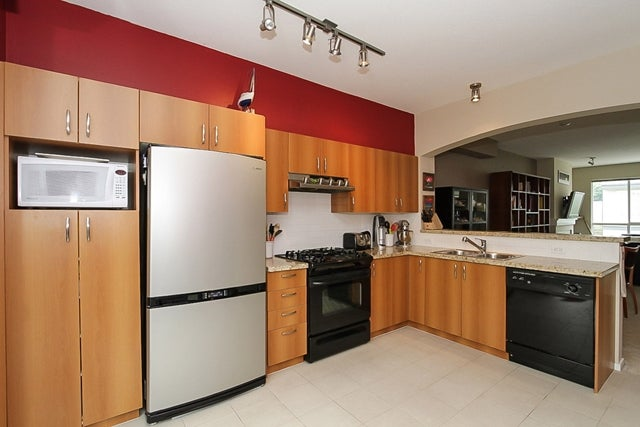 # 139 9133 Government St - Government Road Townhouse for sale, 3 Bedrooms (V1070323) #2