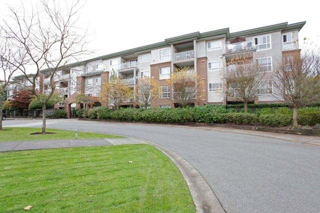 # 114 15895 84th Av - Fleetwood Tynehead Apartment/Condo for sale, 1 Bedroom (F1413547) #1