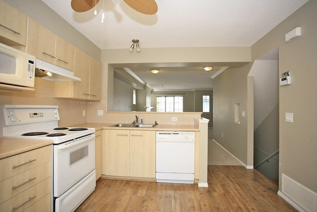 # 41 20540 66th Av - Willoughby Heights Townhouse for sale, 2 Bedrooms (F1116739) #2