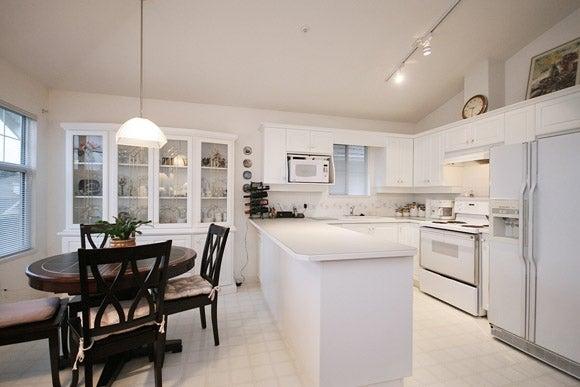 # 28 20751 87th Av - Walnut Grove Townhouse for sale, 3 Bedrooms (F1103296) #2