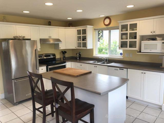 1075 Sunrise Dr - PQ Qualicum Beach Single Family Detached for sale, 3 Bedrooms (844435) #2