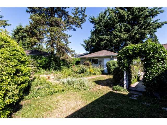 2045 MOUNTAIN HY - Lynn Valley House/Single Family for sale, 3 Bedrooms (V1132544) #10