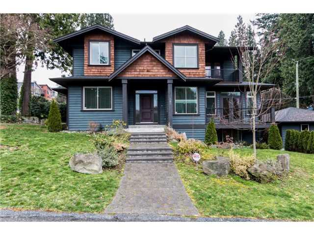 303 E 26TH ST - Upper Lonsdale House/Single Family for sale, 4 Bedrooms (V1137265) #1