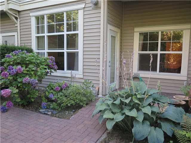 102 960 LYNN VALLEY ROAD - Lynn Valley Apartment/Condo for sale, 1 Bedroom (V1137358) #10
