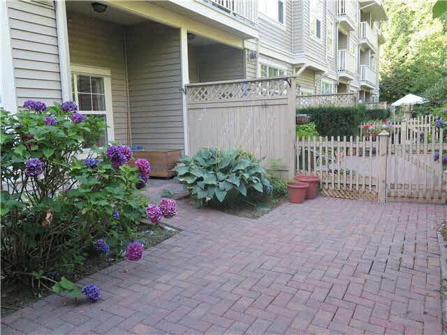 102 960 LYNN VALLEY ROAD - Lynn Valley Apartment/Condo for sale, 1 Bedroom (V1137358) #11