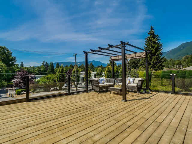 3348 MAHON AVENUE - Upper Lonsdale House/Single Family for sale, 5 Bedrooms (V1142498) #11