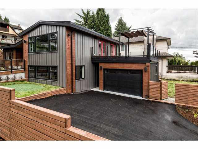 3348 MAHON AVENUE - Upper Lonsdale House/Single Family for sale, 5 Bedrooms (V1142498) #1