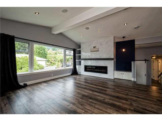 3348 MAHON AVENUE - Upper Lonsdale House/Single Family for sale, 5 Bedrooms (V1142498) #8