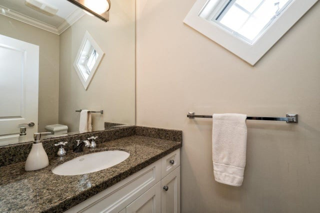 308 W 16TH STREET - Central Lonsdale 1/2 Duplex for sale, 3 Bedrooms (R2000262) #11