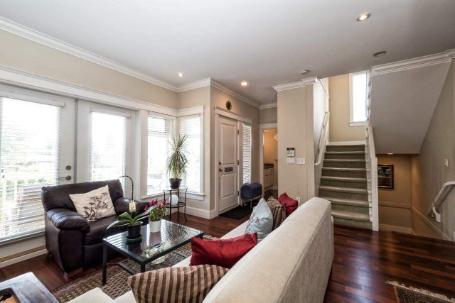 308 W 16TH STREET - Central Lonsdale 1/2 Duplex for sale, 3 Bedrooms (R2000262) #2