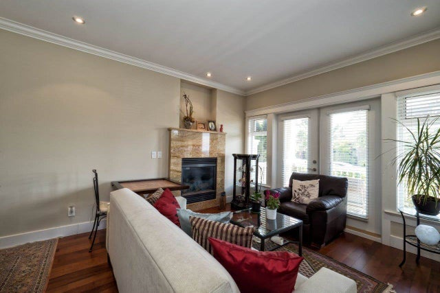308 W 16TH STREET - Central Lonsdale 1/2 Duplex for sale, 3 Bedrooms (R2000262) #3