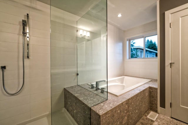 995 SHAKESPEARE AVENUE - Lynn Valley House/Single Family for sale, 7 Bedrooms (R2015672) #16