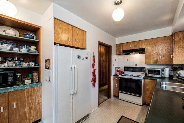 4626 MOUNTAIN HIGHWAY - Lynn Valley House/Single Family for sale, 4 Bedrooms (R2019333) #11