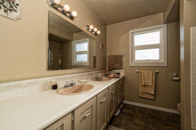 114 E ST. JAMES ROAD - Upper Lonsdale House/Single Family for sale, 3 Bedrooms (R2022135) #12