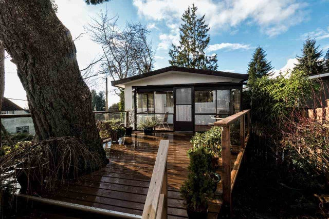 114 E ST. JAMES ROAD - Upper Lonsdale House/Single Family for sale, 3 Bedrooms (R2022135) #16