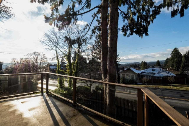 114 E ST. JAMES ROAD - Upper Lonsdale House/Single Family for sale, 3 Bedrooms (R2022135) #1