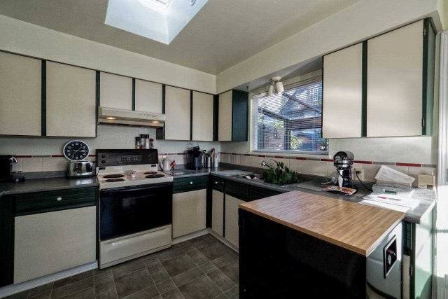 114 E ST. JAMES ROAD - Upper Lonsdale House/Single Family for sale, 3 Bedrooms (R2022135) #8