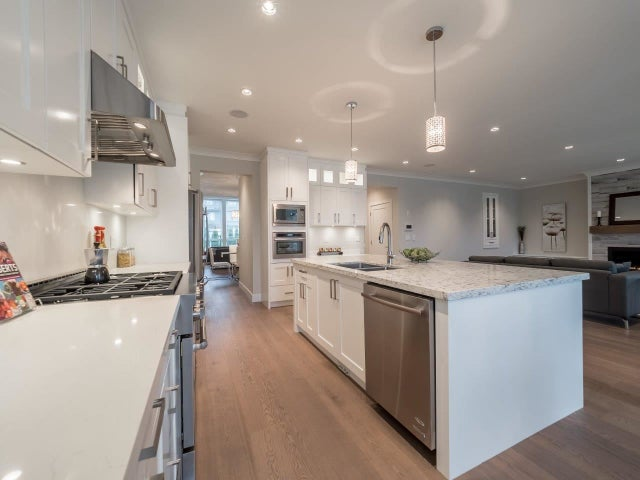 409 E 12TH STREET - Central Lonsdale House/Single Family for sale, 6 Bedrooms (R2030468) #12