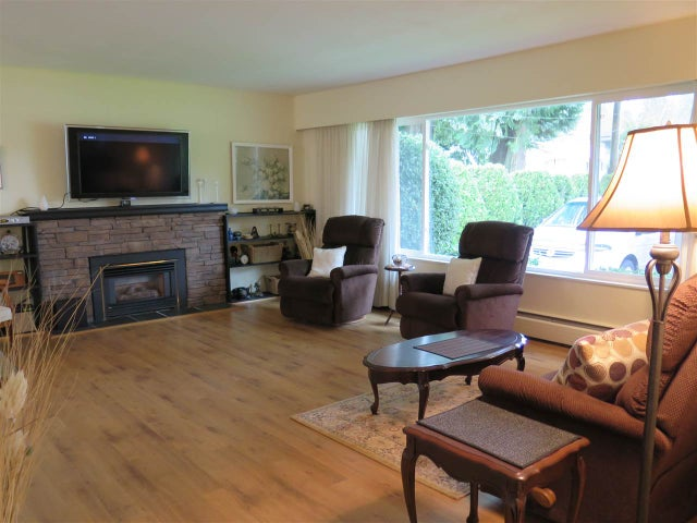 1752 WESTOVER ROAD - Lynn Valley House/Single Family for sale, 3 Bedrooms (R2052746) #2