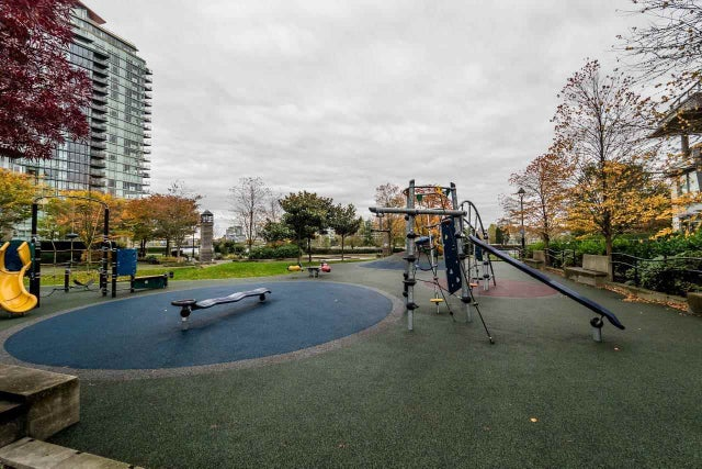 807 980 COOPERAGE WAY - Yaletown Apartment/Condo for sale, 2 Bedrooms (R2117137) #16