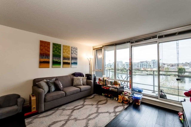 807 980 COOPERAGE WAY - Yaletown Apartment/Condo for sale, 2 Bedrooms (R2117137) #2