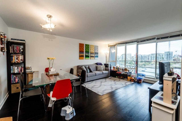 807 980 COOPERAGE WAY - Yaletown Apartment/Condo for sale, 2 Bedrooms (R2117137) #4