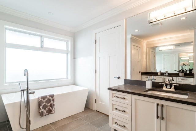 438 E 10TH STREET - Central Lonsdale House/Single Family for sale, 7 Bedrooms (R2137270) #13