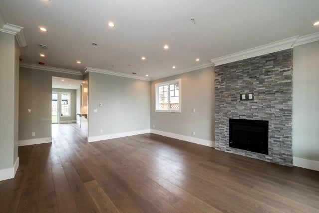 328 E 9TH STREET - Central Lonsdale 1/2 Duplex for sale, 4 Bedrooms (R2154232) #2