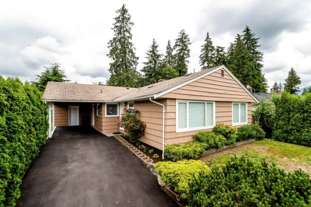 760 LYNN VALLEY ROAD - Lynn Valley House/Single Family for sale, 3 Bedrooms (R2275587) #1
