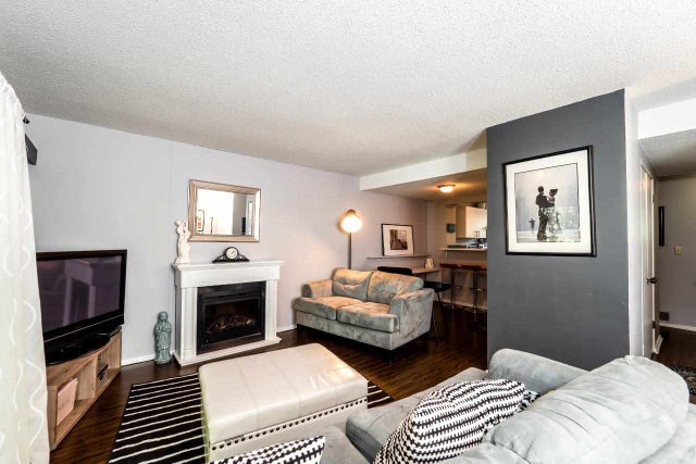 2919 CAPILANO ROAD - Capilano NV Townhouse for sale, 3 Bedrooms (R2275589) #1