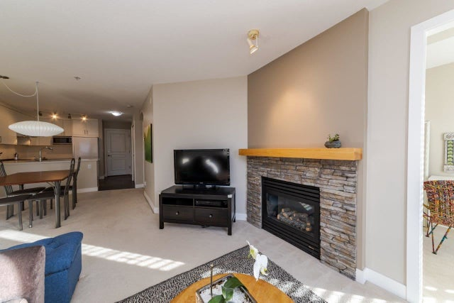 302 1150 E 29TH STREET - Lynn Valley Apartment/Condo for sale, 2 Bedrooms (R2416647) #4
