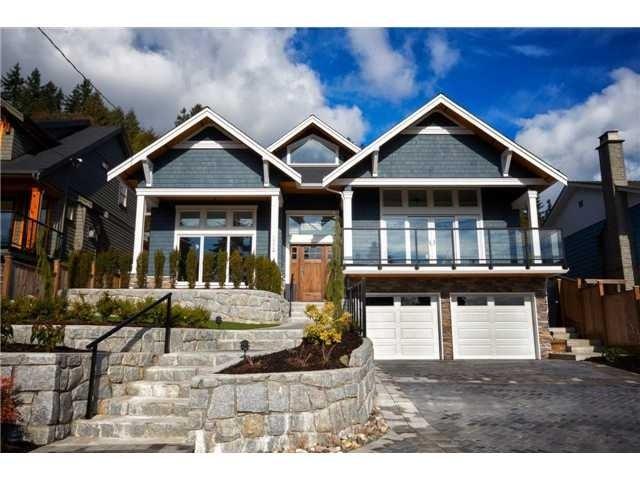 1056 Doran Rd - Lynn Valley House/Single Family for sale, 5 Bedrooms (V965327) #1