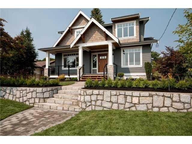 622 E 10th St - Boulevard House/Single Family for sale, 6 Bedrooms (V1082475) #1