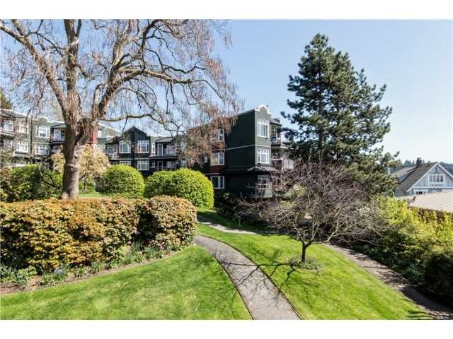 # 203 121 W 29th St - Upper Lonsdale Apartment/Condo for sale, 2 Bedrooms (V1117989) #1