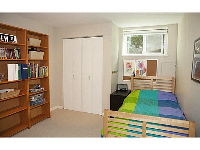 329 E 26TH ST - Upper Lonsdale House/Single Family for sale, 4 Bedrooms (V1109742) #13