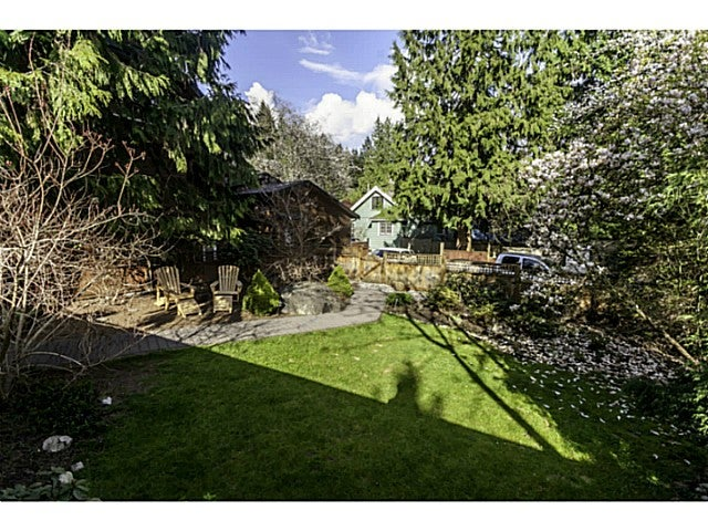 3976 MOUNTAIN HY - Lynn Valley House/Single Family for sale, 3 Bedrooms (V1116025) #19