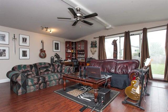 26521-26523 FRASER HIGHWAY - Aldergrove Langley Duplex for sale, 6 Bedrooms (R2139647)
