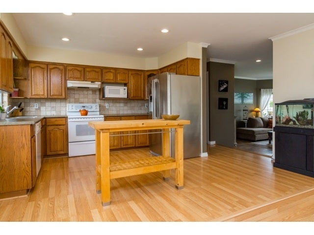 9579 215A STREET - Walnut Grove House/Single Family for sale, 3 Bedrooms (R2072301) #7