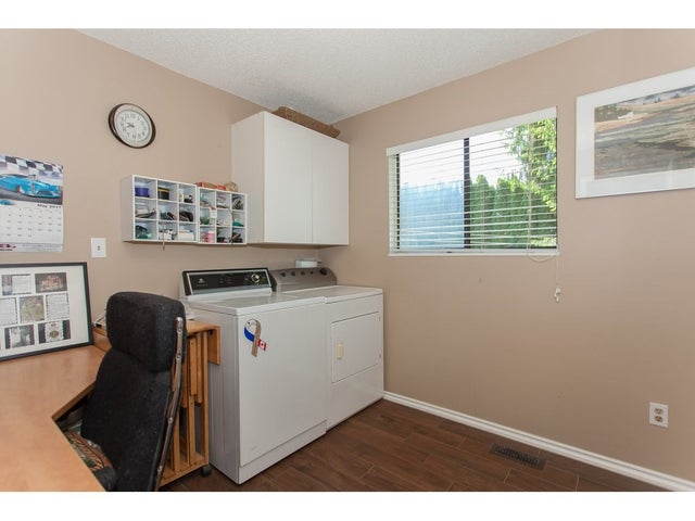 26852 33RD AVENUE - Aldergrove Langley House/Single Family for sale, 4 Bedrooms (R2169655) #17