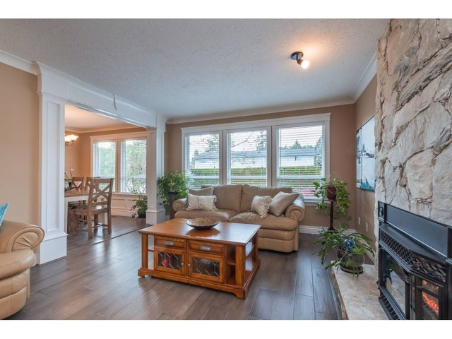26789 32 AVENUE - Aldergrove Langley House/Single Family for sale, 3 Bedrooms (R2354850) #3